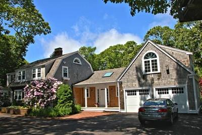 Single Family Home For Sale: 8 E Circuit Avenue