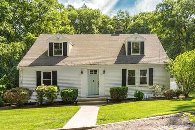 Wayland Single Family Home Contingent: 11 Wampum Path