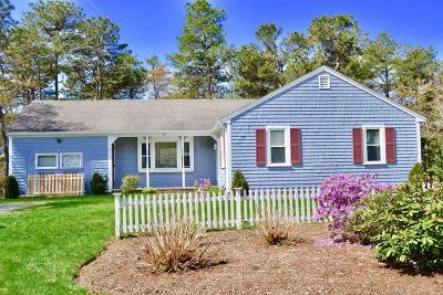 Sandwich Single Family Home For Sale: 4 W Crossfield Rd