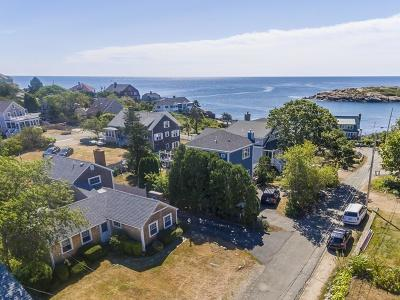 Gloucester MA Single Family Home For Sale: $898,000