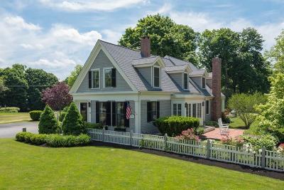 Hingham Single Family Home For Sale: 414 Main St