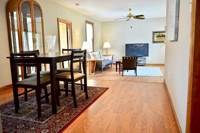 Medford Single Family Home For Sale: 17 Florence Ave