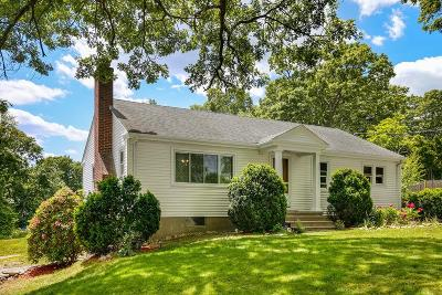 Southborough Single Family Home For Sale: 81 Oak Hill Rd