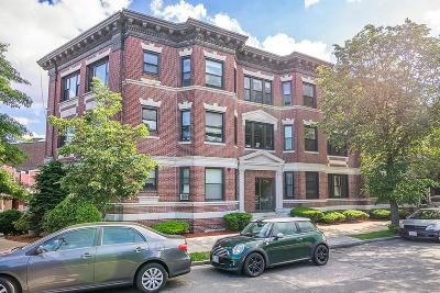 Condo/Townhouse Under Agreement: 1706 Commonwealth Ave #32