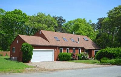 Falmouth Single Family Home For Sale: 680 Quaker Road