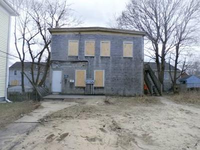 Brockton Multi Family Home Under Agreement: 76 1/2 Wyman St