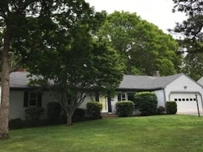 Barnstable Single Family Home For Sale: 88 Elijah Childs Lane