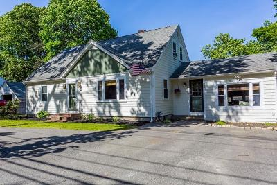 Middleboro Single Family Home Contingent: 89 North St