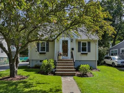 Wakefield Single Family Home For Sale: 105 Spring St