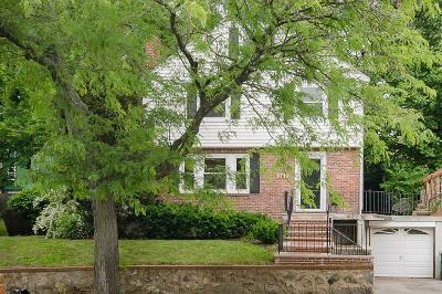 Medford Single Family Home For Sale: 361 High St