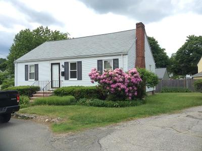 Medford Single Family Home For Sale: 23 Shirley Rd