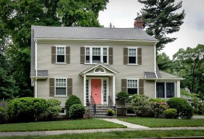 Wellesley Single Family Home For Sale: 25 Wellesley Ave