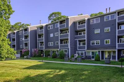 Ipswich Condo/Townhouse Under Agreement: 400 Colonial Dr #36