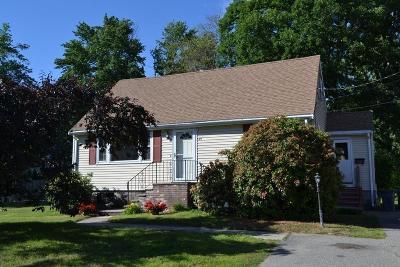 Burlington Single Family Home For Sale: 25 Hillcrest Rd