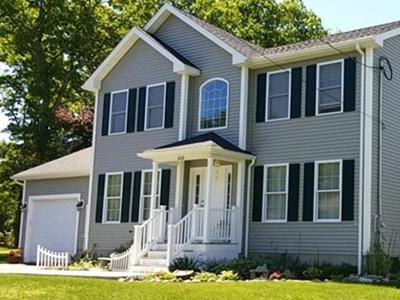 Fall River Single Family Home New: 615 Dickinson St