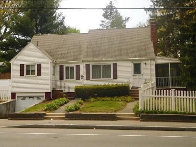 Saugus MA Single Family Home Under Agreement: $359,900