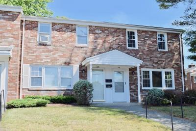 Brockton Condo/Townhouse Price Changed: 140 Coventry #140