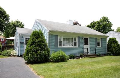 Falmouth Single Family Home For Sale: 75 Maravista Ave