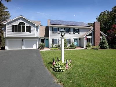 Mashpee Single Family Home For Sale: 98 Polaris Dr