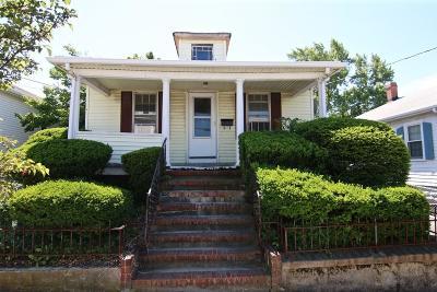 Everett Single Family Home Under Agreement: 57 Windsor St
