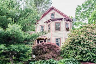 Dedham Single Family Home For Sale: 127 Oakdale Ave
