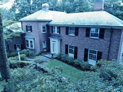 Wellesley Single Family Home For Sale: 32 Peirce Rd