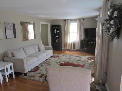 Westwood Condo/Townhouse Contingent: 26 Grafton Ave #26