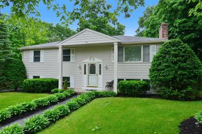 Bellingham Single Family Home For Sale: 16 Arbend Circle