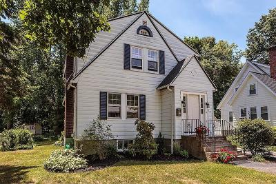 Reading MA Single Family Home For Sale: $499,999