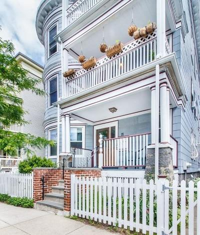 Condo/Townhouse New: 21 Thornley St #1
