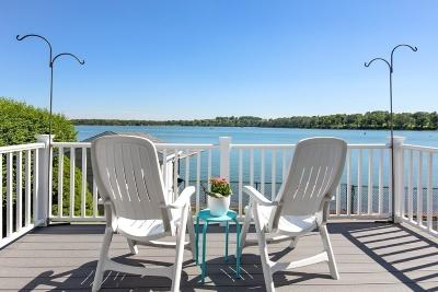 Hull Single Family Home For Sale: 97 Edgewater Rd.