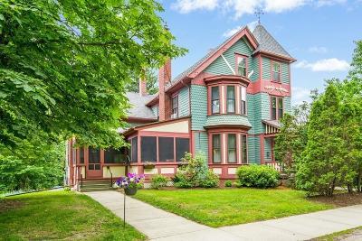 Acton Single Family Home For Sale: 616 Massachusetts Ave