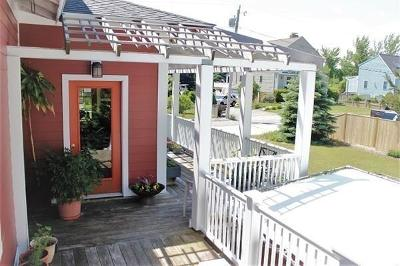 Hull Single Family Home For Sale: 17 Vernon Ave