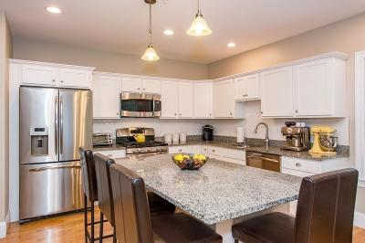 Boston MA Condo/Townhouse New: $598,000