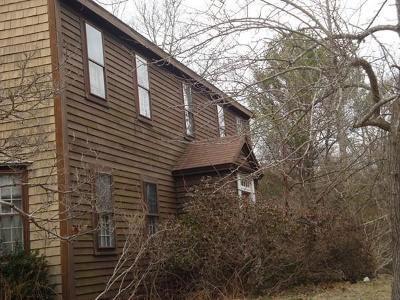 Middleboro Single Family Home Under Agreement: 384-D Wareham Street