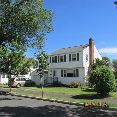 Quincy Single Family Home For Sale: 28 Waban Rd