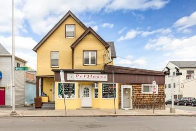 Malden Single Family Home For Sale: 492-496 Ferry St