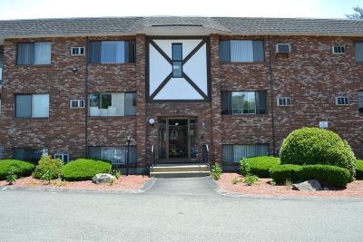 Stoughton Condo/Townhouse For Sale: 65 McCormick Terrace #9