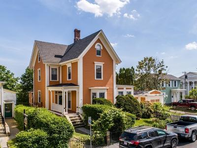 Gloucester Single Family Home For Sale: 33 Middle Street