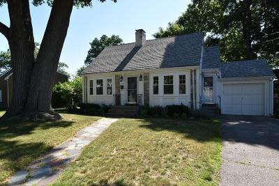 Waltham Single Family Home Under Agreement: 40 Linden Park Drive