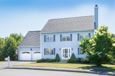 Methuen, Lowell, Haverhill Single Family Home For Sale: 26 Bradford Green Way