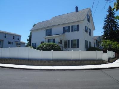 Malden Single Family Home For Sale: 17 Reserve St