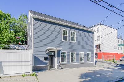 Boston Single Family Home For Sale: 171 Everett St