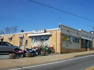 RI-Newport County Commercial For Sale: 43 Main Rd