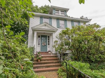 Wakefield Single Family Home For Sale: 27 Aborn Ave