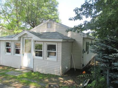 Billerica Single Family Home For Sale: 99 Marshall St.