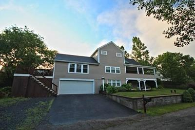 Plymouth Single Family Home For Sale: 61 Hyannis Rd