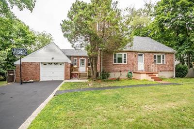 Stoughton Single Family Home For Sale: 114 York St