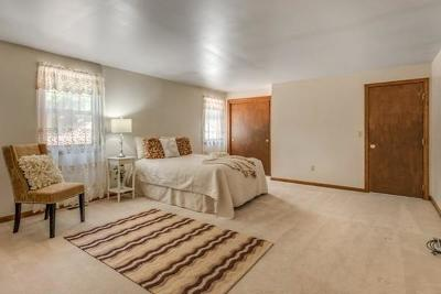 Billerica Single Family Home Price Changed: 4 Karl Dr