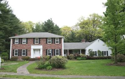 Lynnfield MA Single Family Home Under Agreement: $789,900
